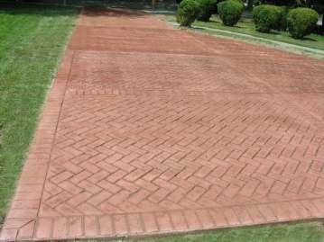 heringbone brick driveway